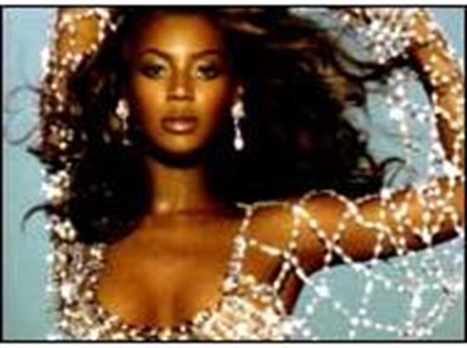 """Beyonce ve Lopez'in """"Beckham"""" kavgası"""